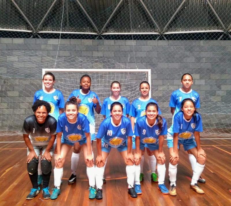 06ea0a6137 Time de futsal feminino busca patrocinador